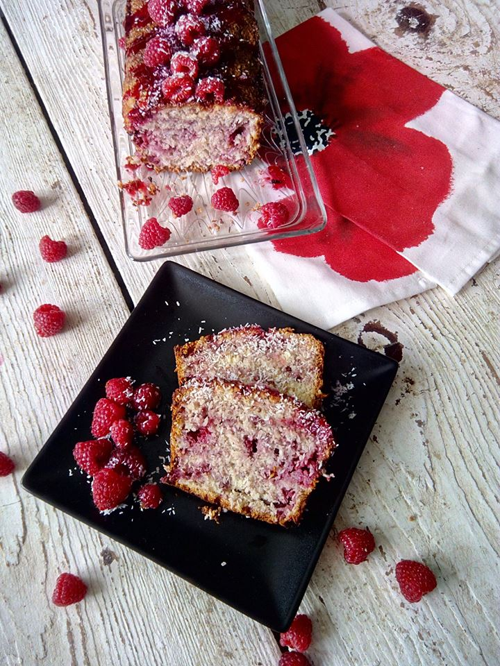 Raspberry coconut cake (bread)