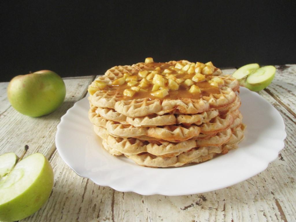 jablkové wafle so škoricou kyslá smotana