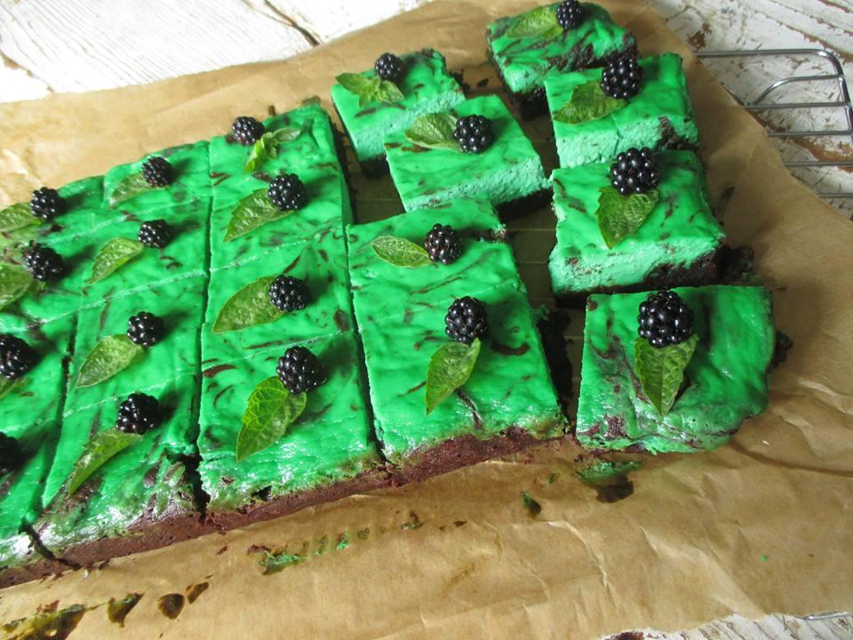 mint-brownie-cheesecake