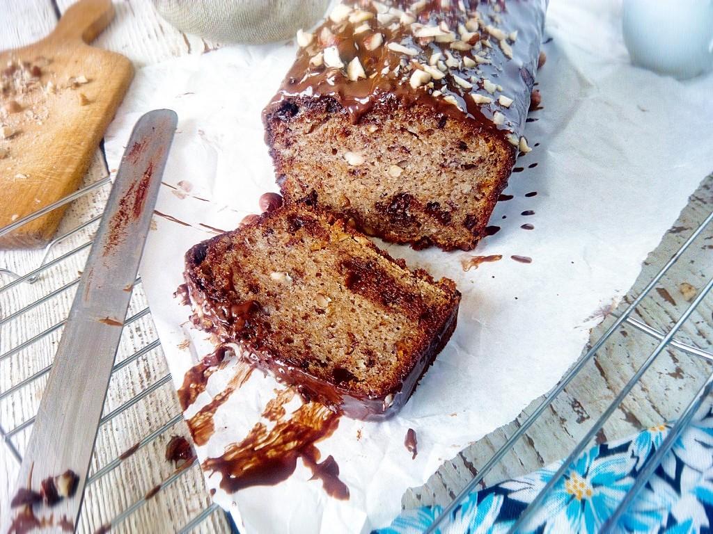 banana-bread-with-chocolate