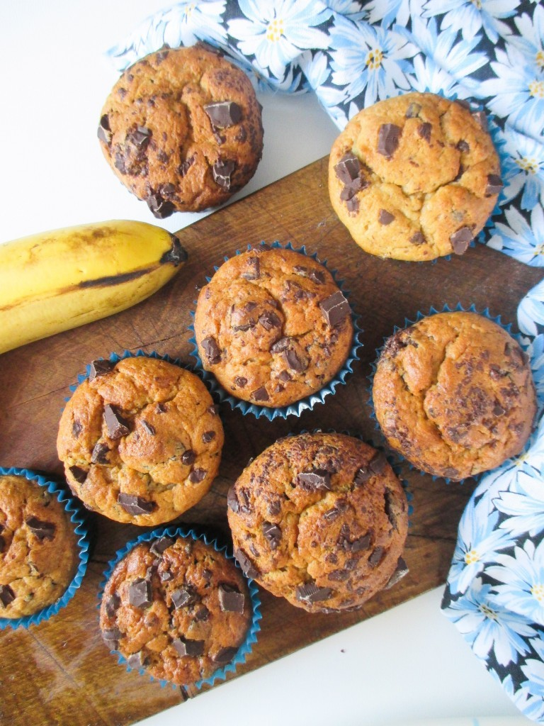 bananove-muffiny-s-arasidovym-maslom-a-cokoladou-1