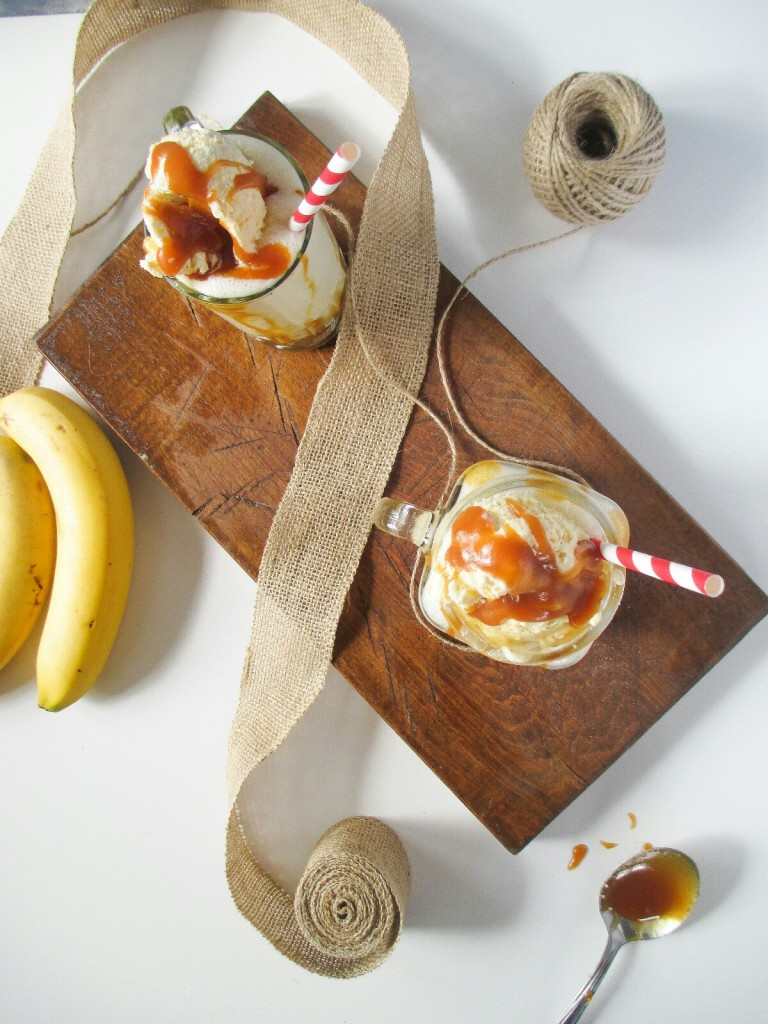 bananovo karamelovy milkshake