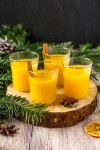 horúci nealkoholický vianočný pomarančový nápoj