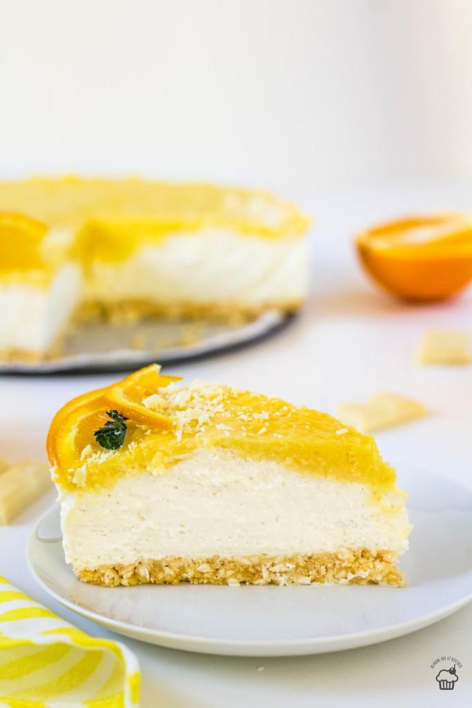 Nepečený cheesecake z bielej čokolády a pomarančovým krémom