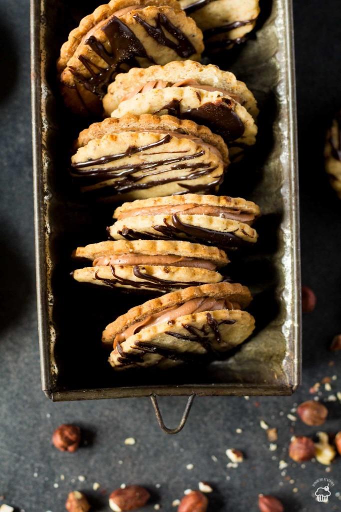 orieškové sušienky s nutelovým krémom