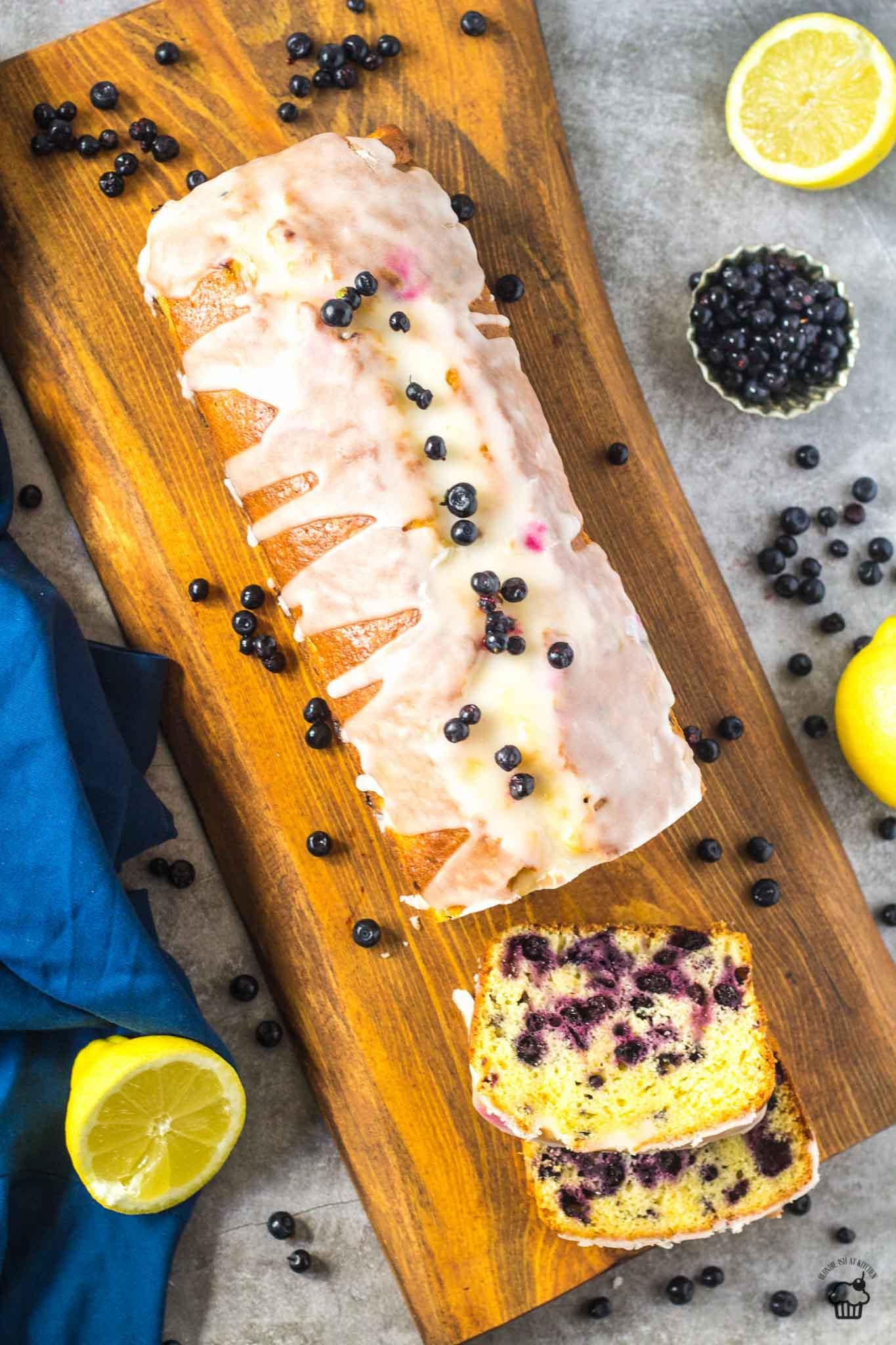 citronovo čučoriedkový chlebík