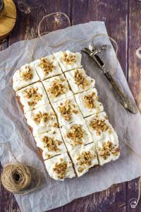 jednoduchý a nadýchaný tekvicový koláč s krémom