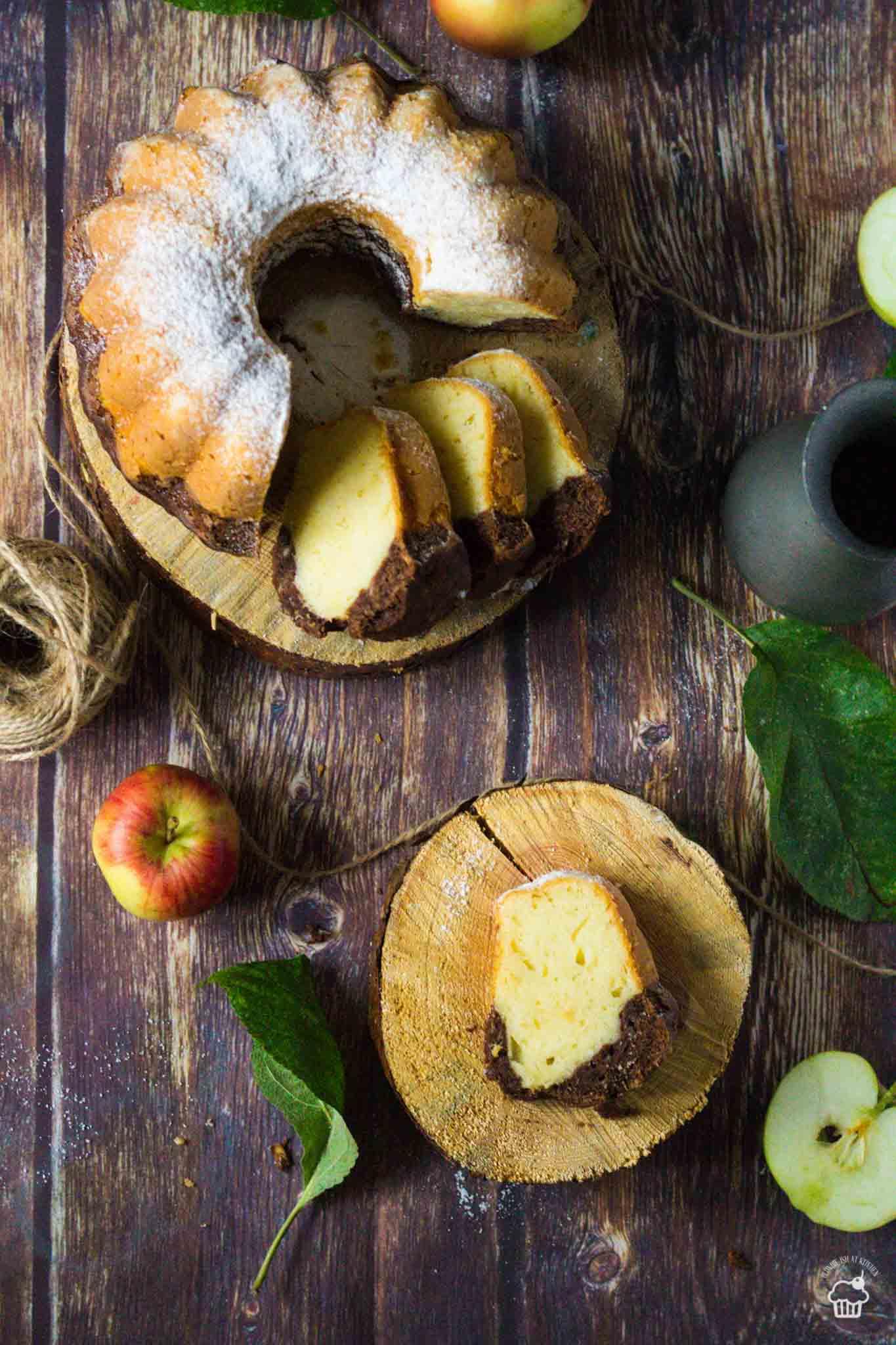 rýchla jablková bábovka s kakaom
