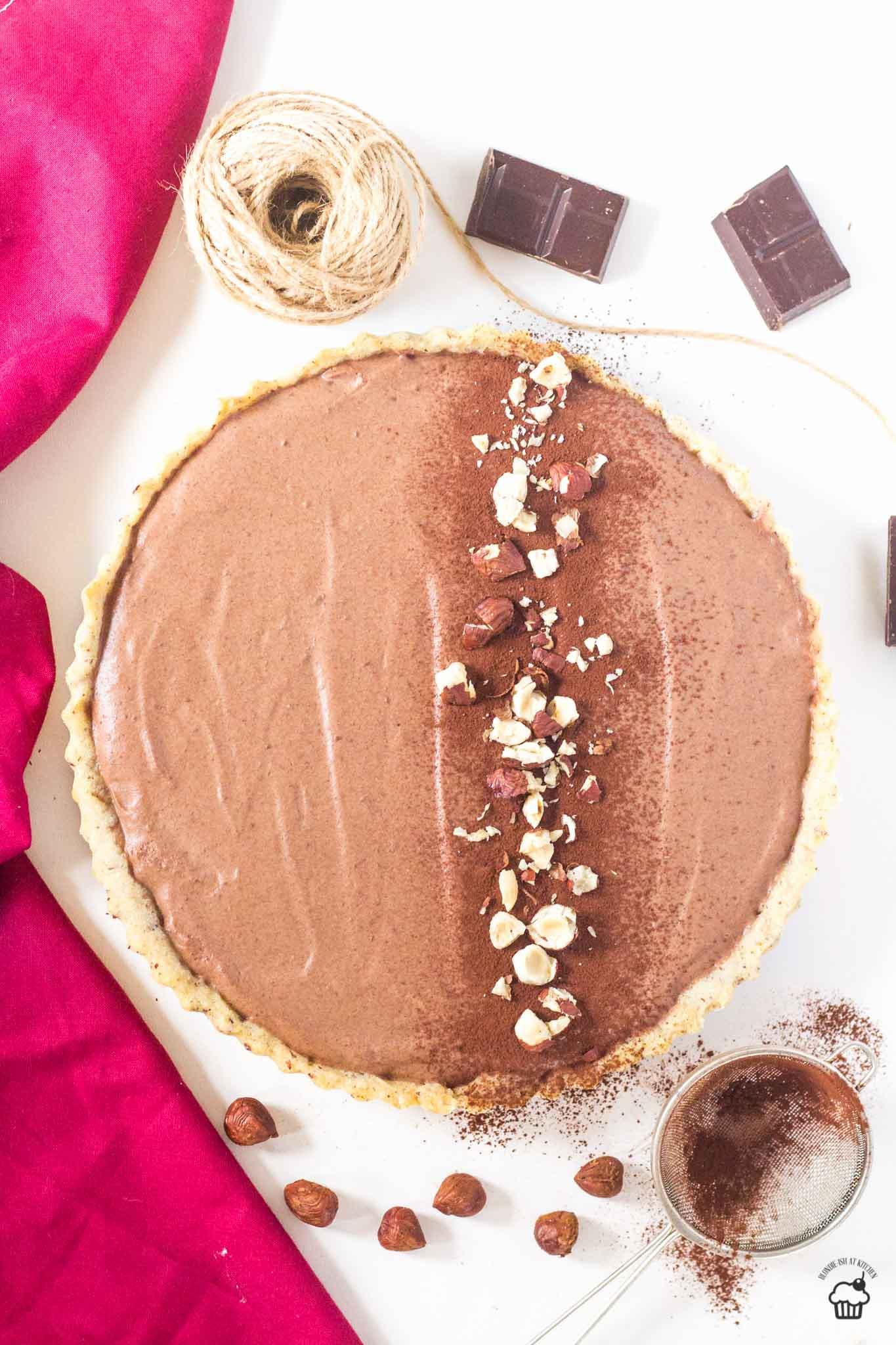 orieškový tart s čokoládovým mousse